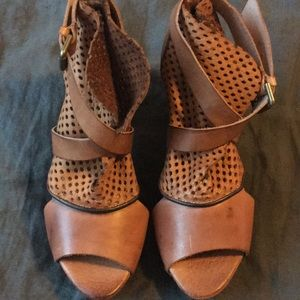 Free People Shoes - Free people drake camel heels